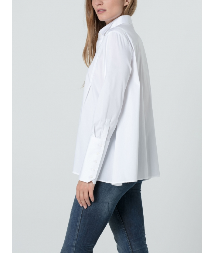 Chemise blanche en volume patineuse