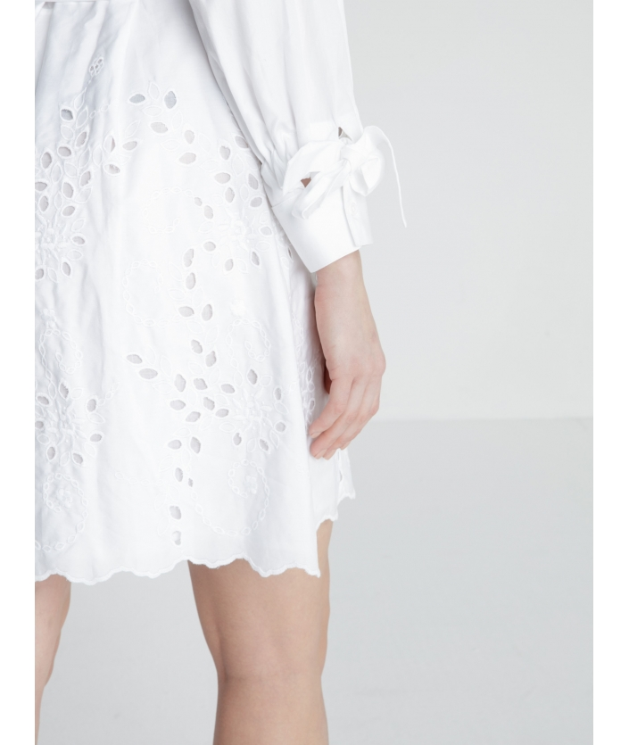 Robe chemise broderie anglaise