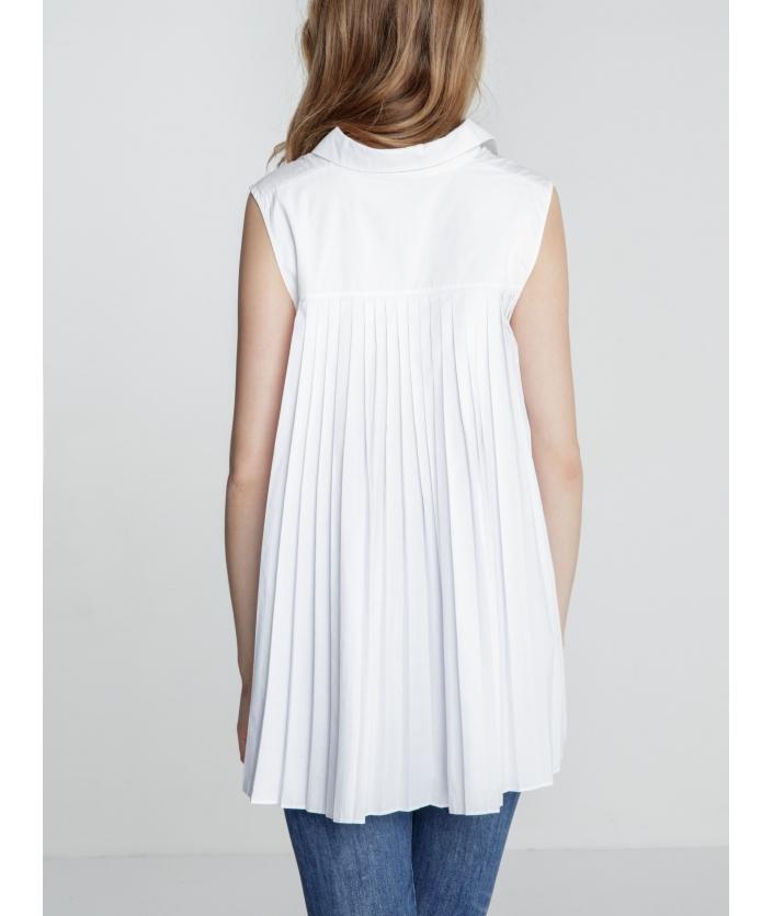 Chemise blanche femme plissée dans le dos