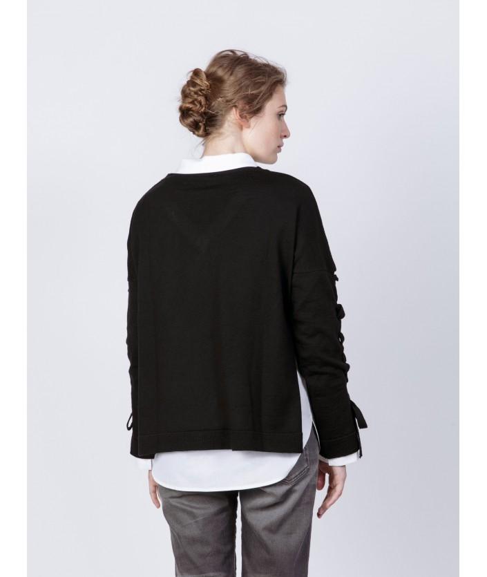 Pull femme en laine mérinos Col V, manches longues lacées