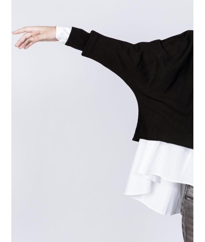 pull noir Sakai en laine mérinos à col rond