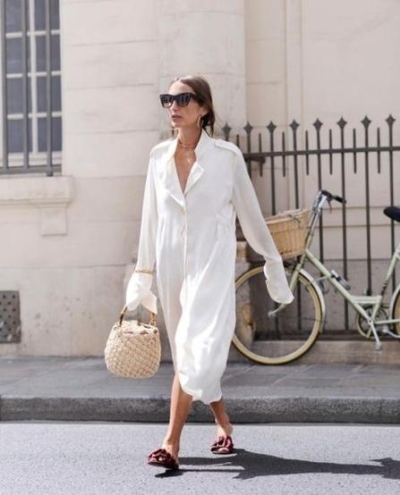 robe chemise accessoirisee